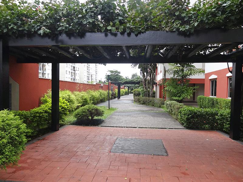 Sacomã, Apartamento Padrão-Áreas ajardinadas