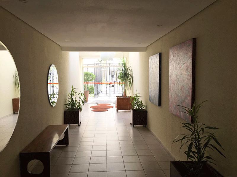Jabaquara, Apartamento Padrão-Área externa com bancos