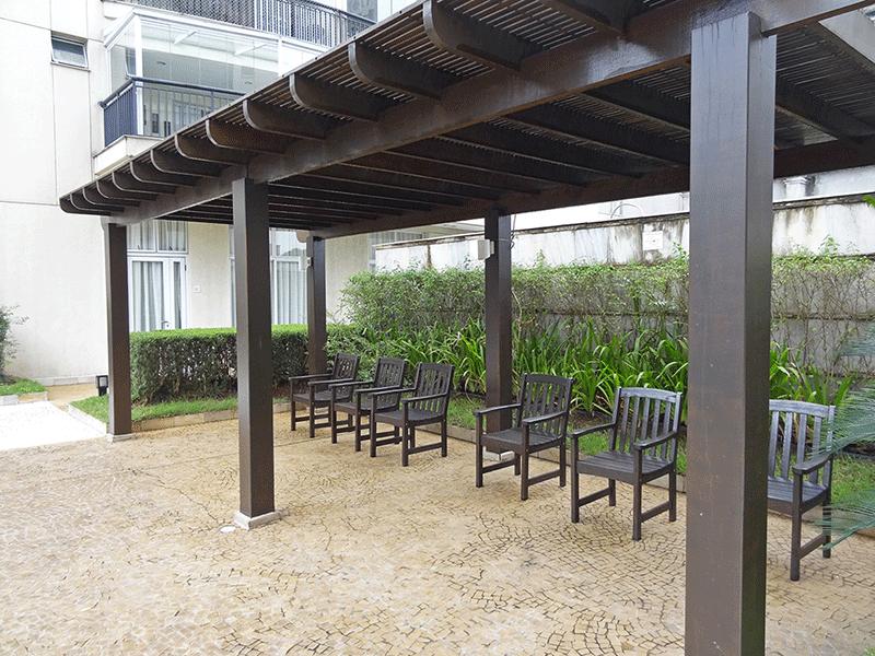 Ipiranga, Apartamento Padrão-Área externa com bancos