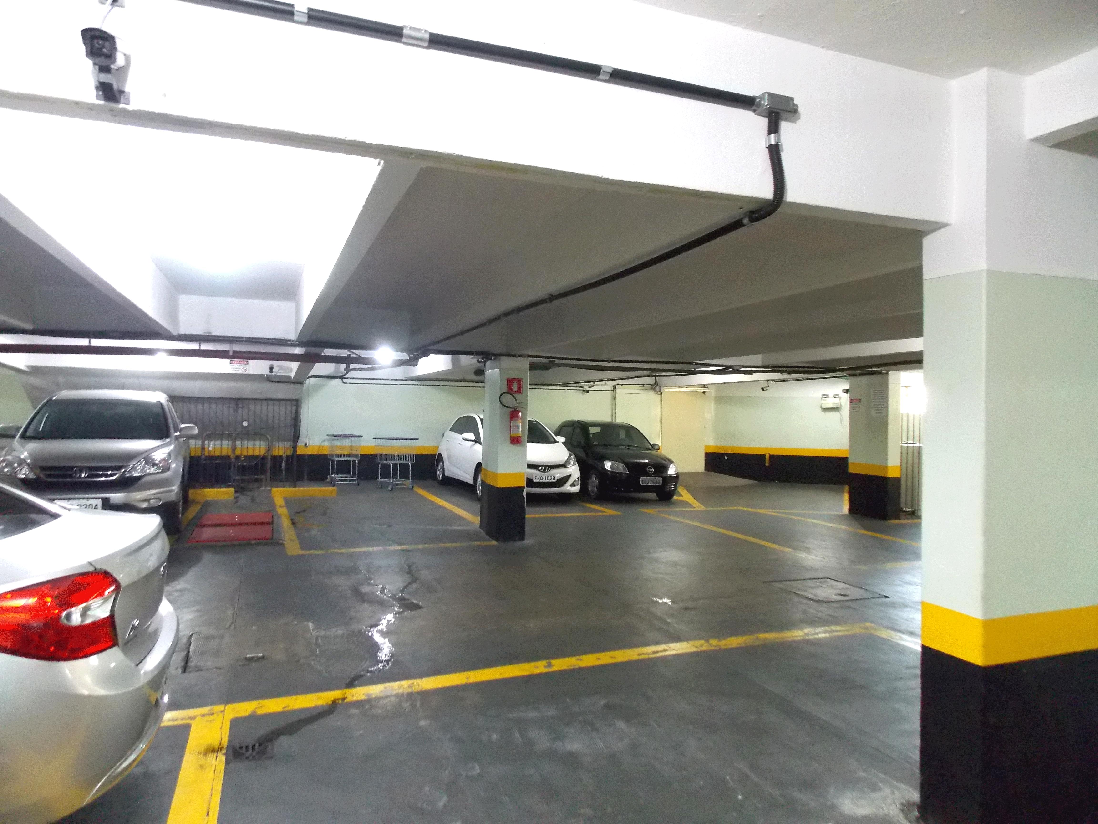 Ipiranga, Apartamento Padrão-Estacionamento coberto