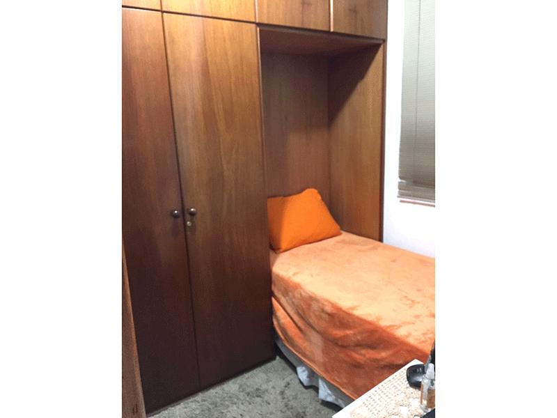 Sacomã, Apartamento Padrão-3º dormitório com piso laminado, armários planejados e teto com moldura de gesso (dep. de empregada transformada em 3º dormitório).