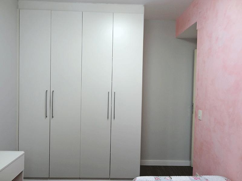 Ipiranga, Apartamento Padrão-2º suíte com piso de vinílico e armários planejados.