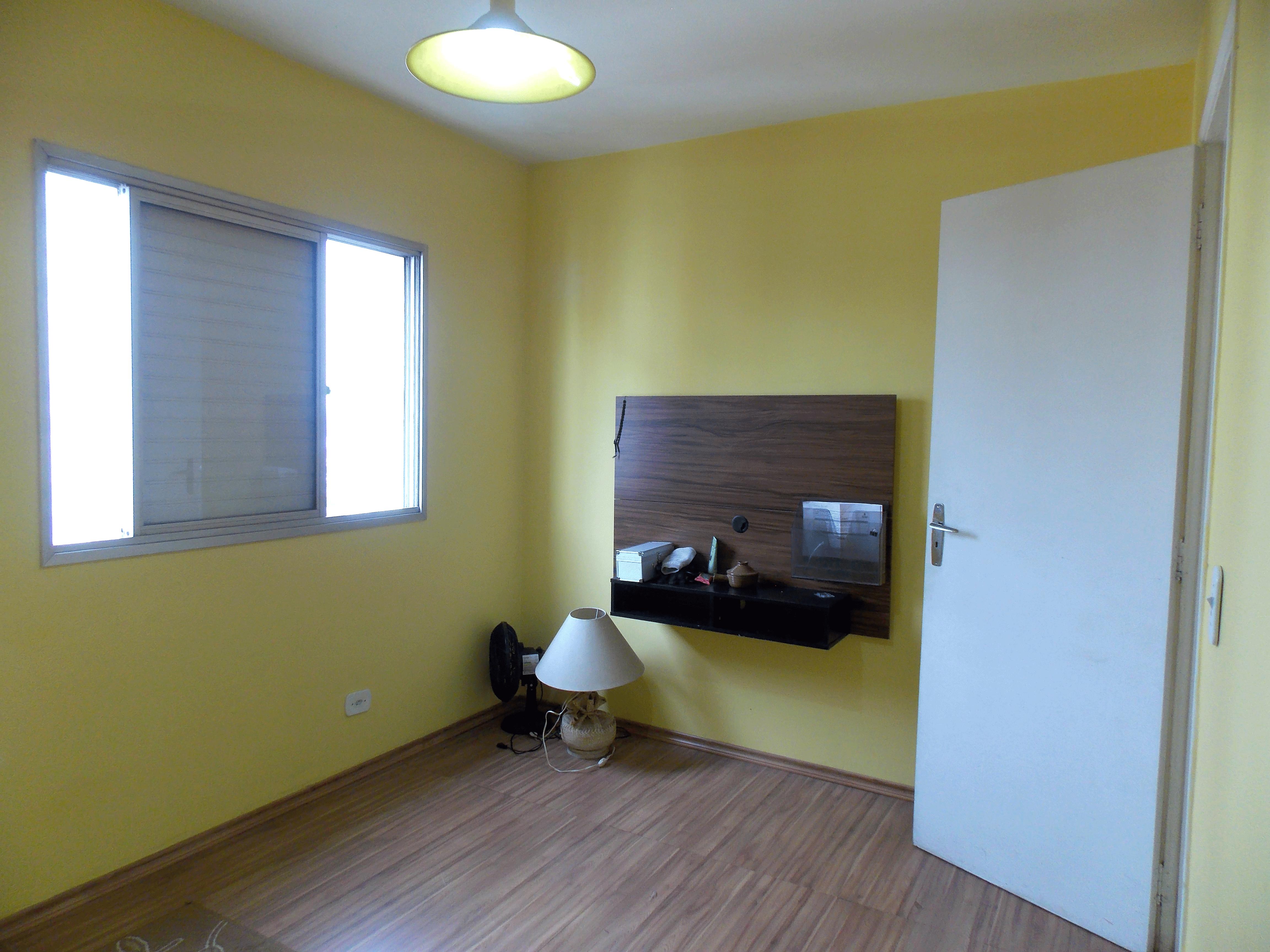 Jabaquara, Apartamento Padrão-1º Quarto com piso laminado.