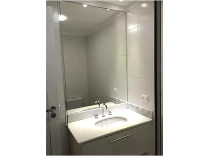 Ipiranga, Apartamento Padrão-Banheiro da suíte com pia de mármore e gabinete.