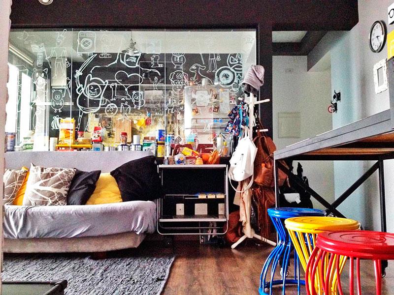 Ipiranga, Apartamento Padrão - Sala em L com piso laminado e acesso a varanda gourmet.