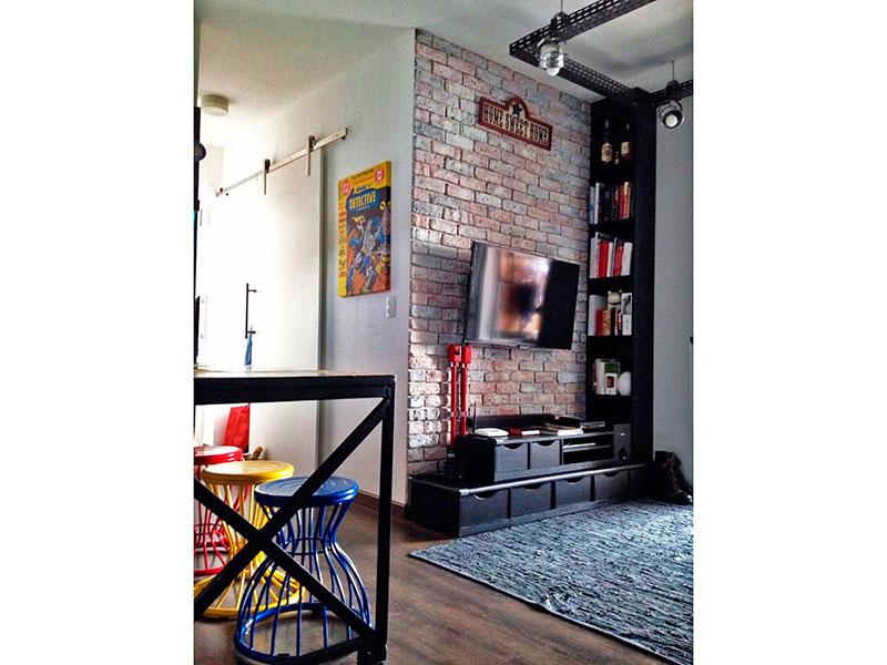 Ipiranga, Apartamento Padrão-Sala em L com piso laminado e acesso a varanda gourmet.