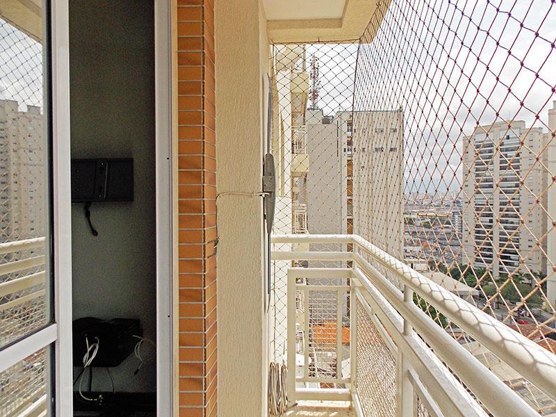 Ipiranga, Apartamento Padrão-Varanda com tela de proteção.