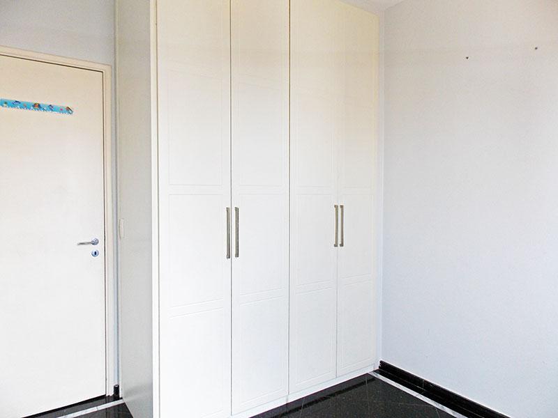 Ipiranga, Apartamento Padrão-2º dormitório com piso de granito e armários planejados.