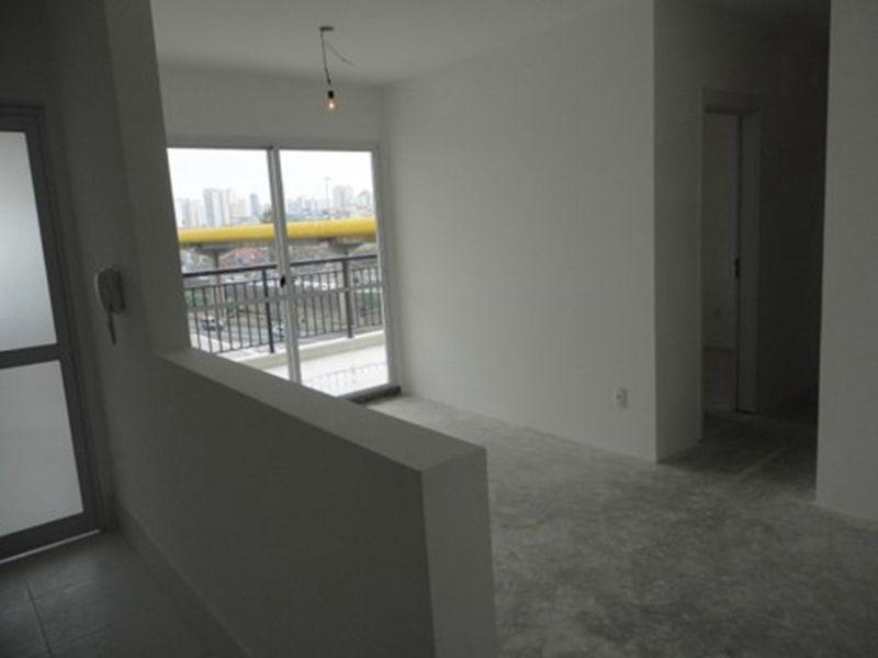 Ipiranga, Apartamento Padrão - Sala retangular com dois ambientes, no contra piso.