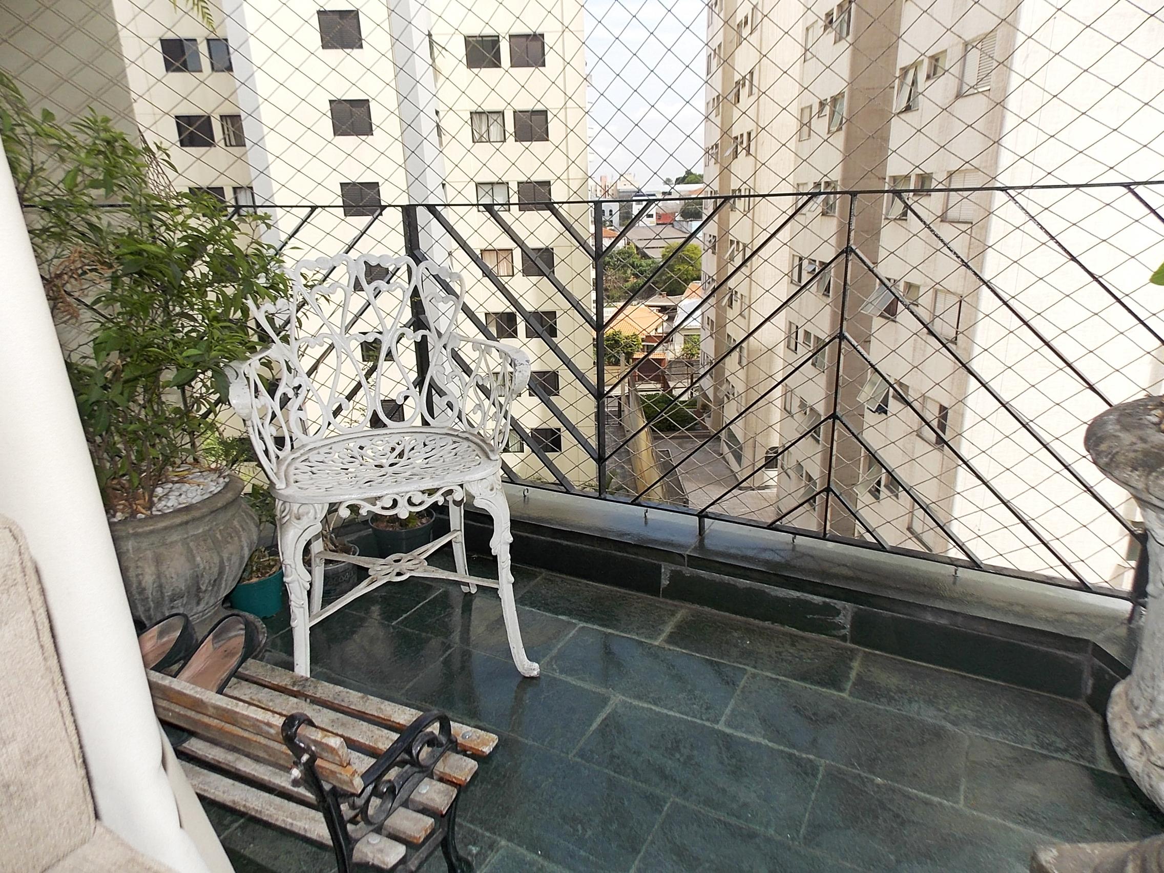 Jabaquara, Apartamento Padrão-Varanda com piso de ardósia e tela de proteção