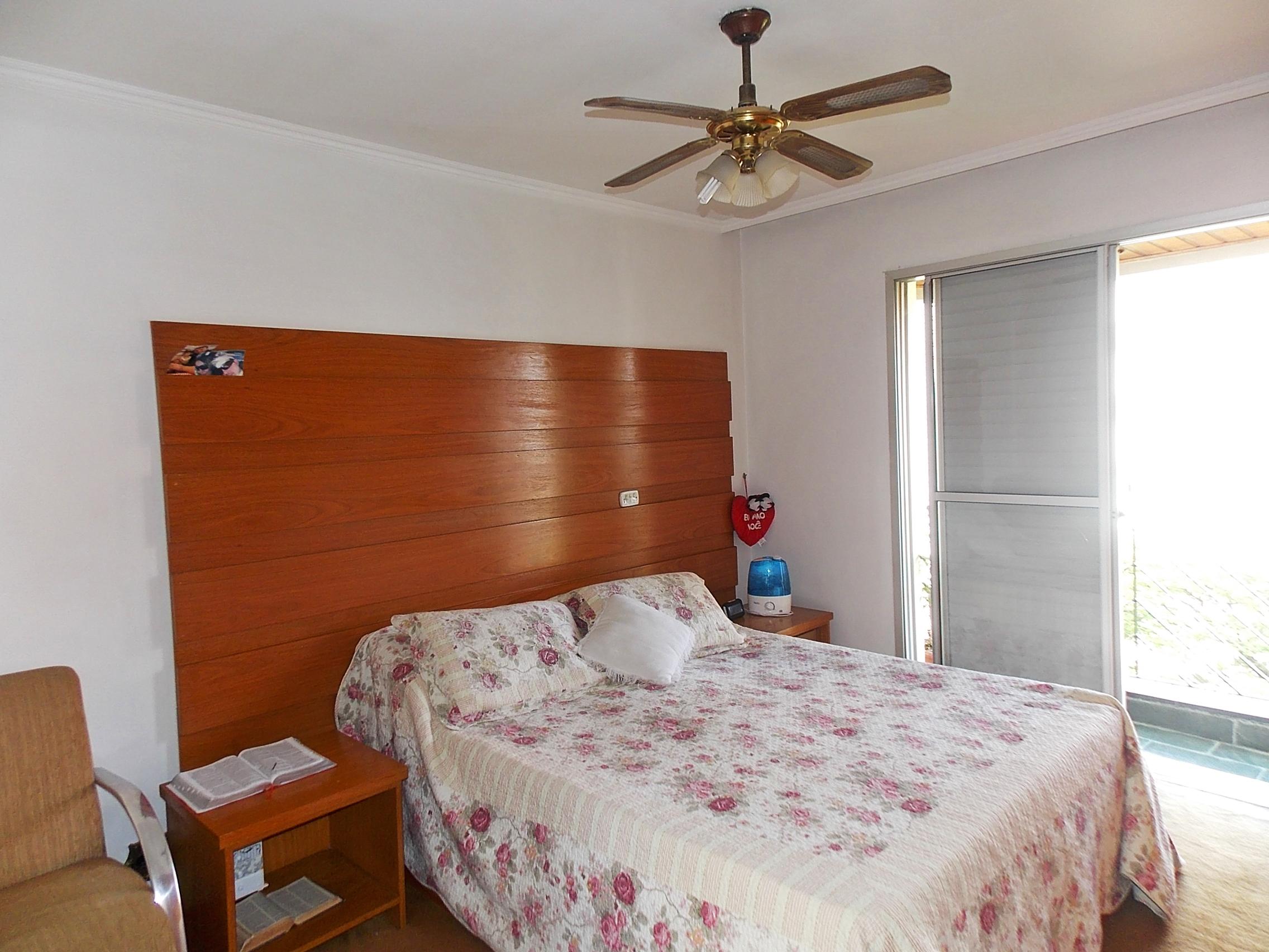 Jabaquara, Apartamento Padrão-Suíte com carpete de nylon, teto com moldura de gesso e armários planejados