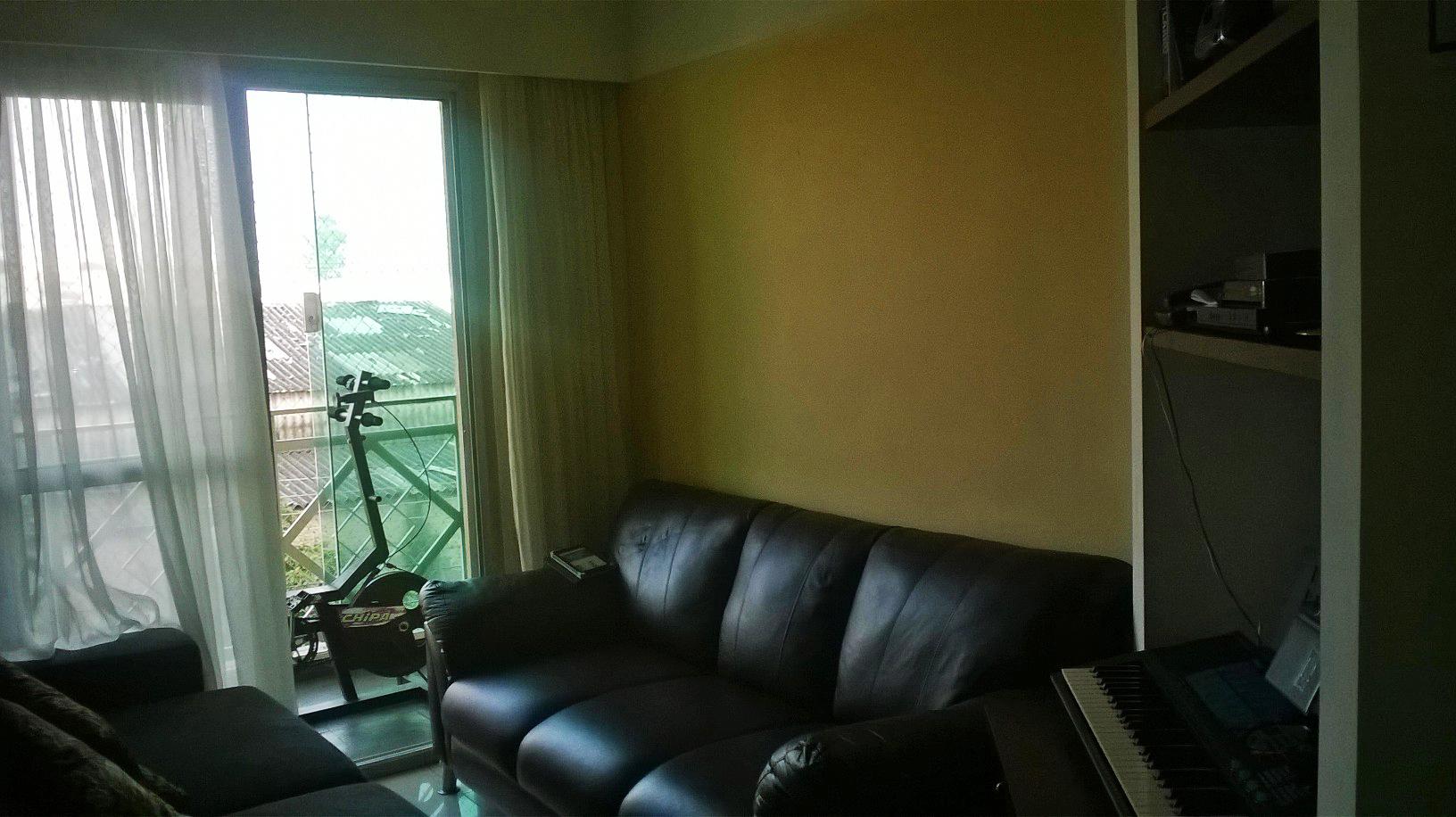 Sacomã, Apartamento Padrão - SALA EM L COM DOIS AMBIENTES, PISO DE CERÂMICA, TETO COM MOLDURA DE GESSO, CORTINEIRO E ACESSO À VARANDA