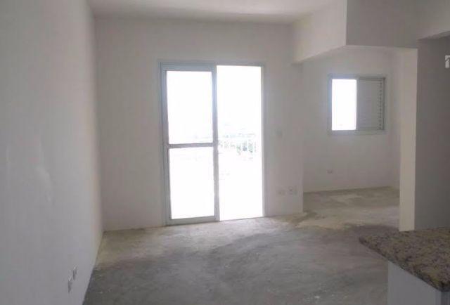 Sacomã, Apartamento Padrão-SALA AMPLIADA COM ACESSO À VARANDA.