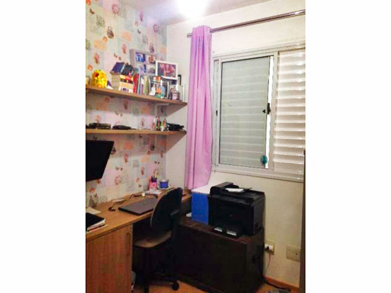 Ipiranga, Apartamento Padrão-2º Quarto com piso laminado.