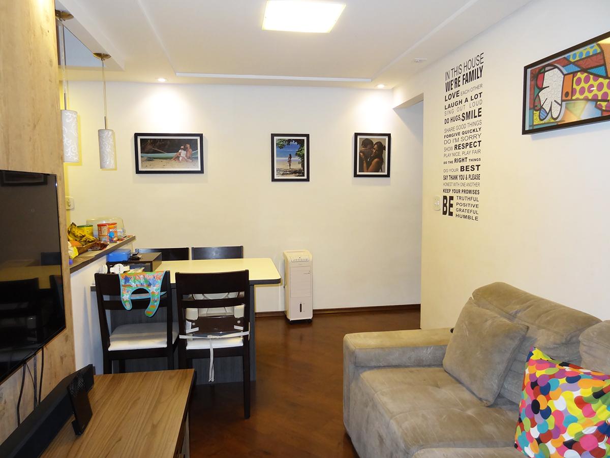 Sacomã, Apartamento Padrão - Sala ampliada em L, piso laminado e teto rebaixado com iluminação embutida (retirou divisória da varanda e fez escritório).
