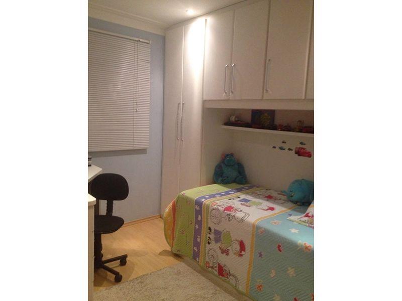 Ipiranga, Apartamento Padrão-Suítes com piso laminado, teto com moldura de gesso, iluminação embutida e armários planejados.