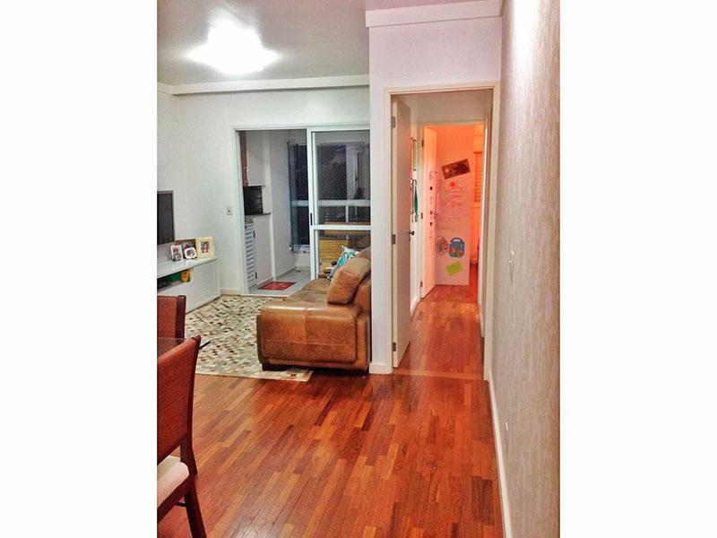 Ipiranga, Apartamento Padrão-Sala em L com piso de madeira, teto com sanca de gesso e acesso a varanda gourmet.