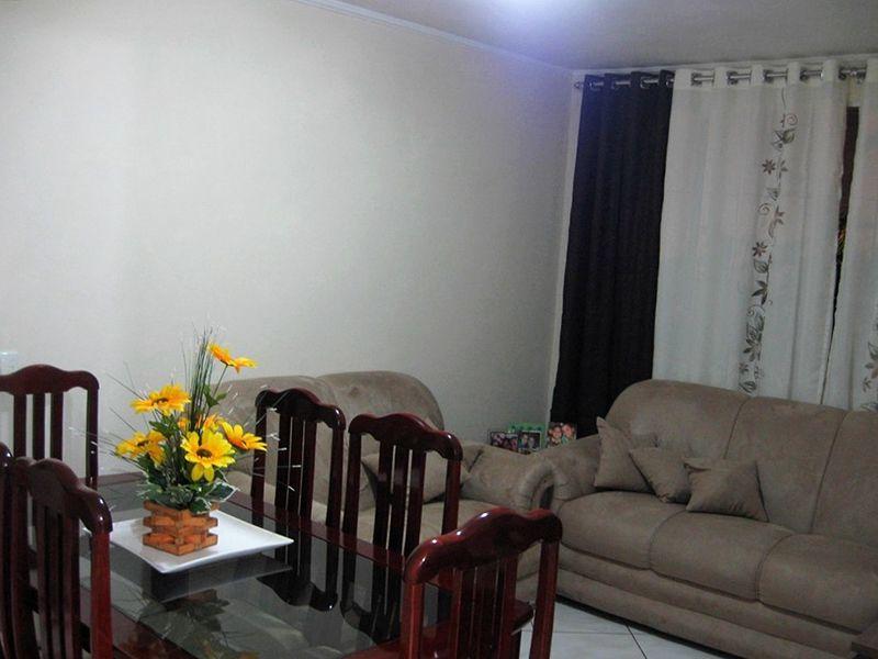 Jabaquara, Apartamento Padrão-Sala com dois ambientes, piso de cerâmica e teto com moldura de gesso.