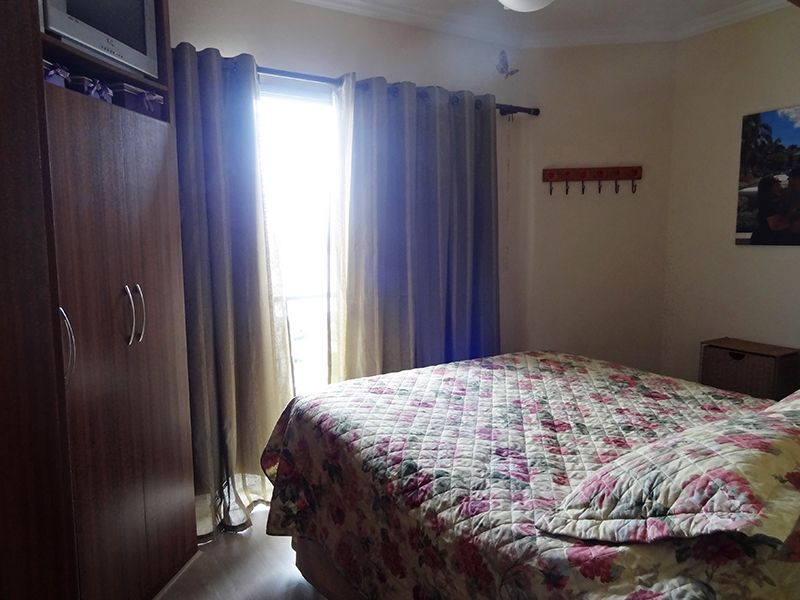 Ipiranga, Cobertura Duplex-Suíte com piso laminado, teto com moldura de gesso, armários planejados e varanda.