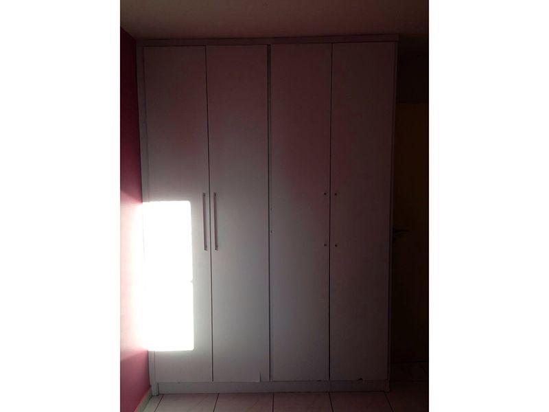 Sacomã, Apartamento Padrão-Dormitórios com piso de cerâmica e armários planejados.