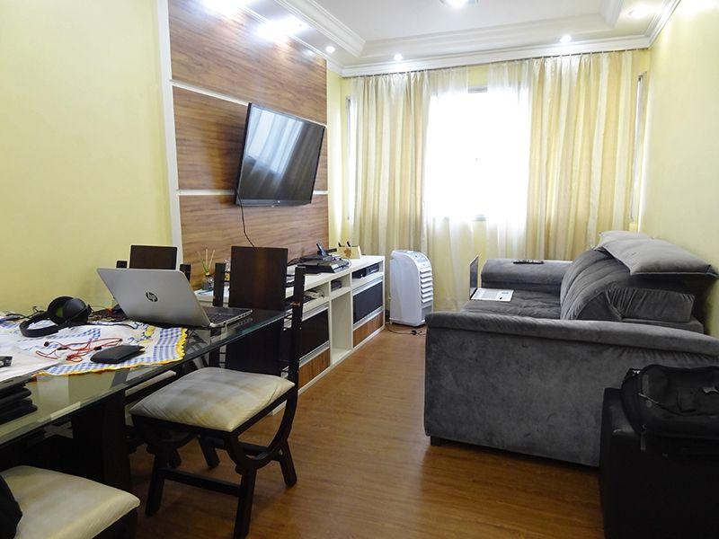 Jabaquara, Apartamento Padrão-Sala com piso laminado e teto com sanca de gesso com iluminação embutida