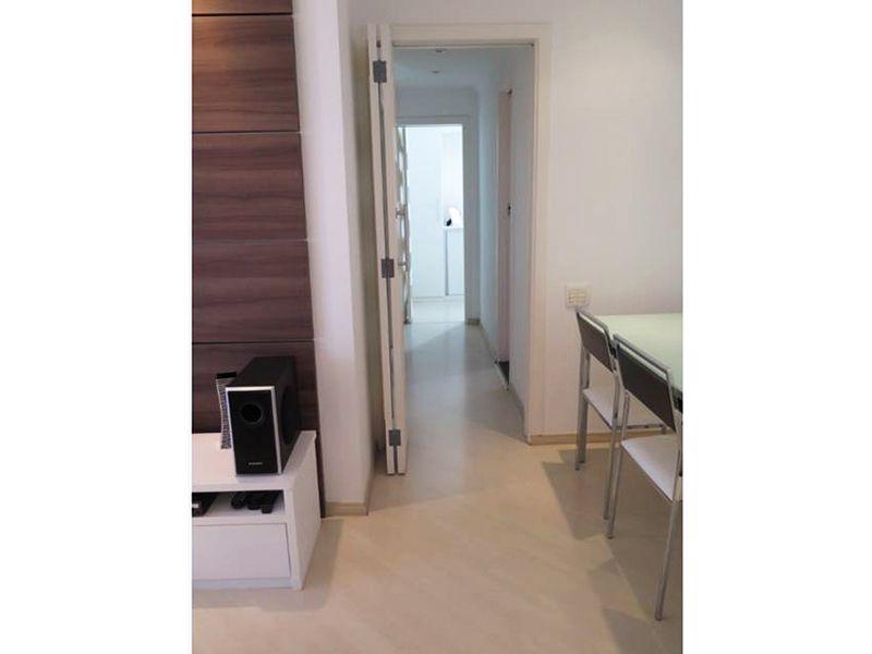 Sacomã, Apartamento Padrão-Sala com piso laminado.