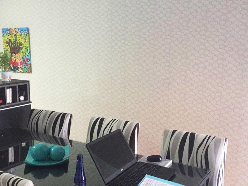 Sacomã, Apartamento Padrão-Sala com piso laminado e acesso a varanda gourmet.
