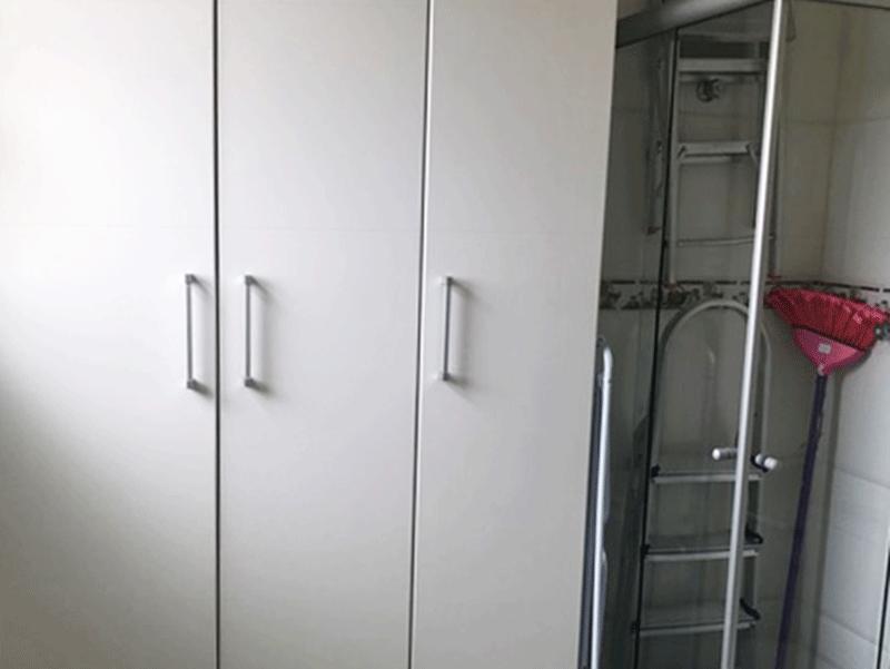 Sacomã, Apartamento Padrão-Dependência de empregada com piso de cerâmica.