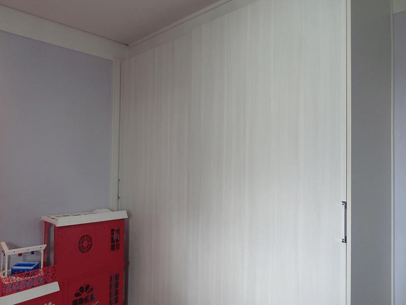 Sacomã, Apartamento Padrão-2º dormitório com piso laminado, teto com moldura de gesso, iluminação embutida e armários planejados.