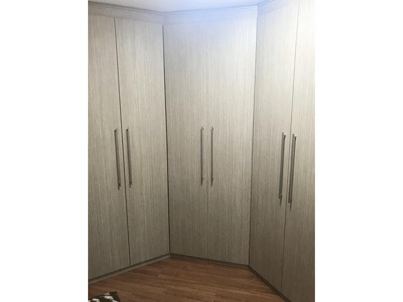 Sacomã, Apartamento Padrão-2º dormitório com piso laminado e armários embutidos.