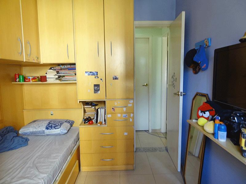 Sacomã, Apartamento Padrão-2º dormitório com piso de cerâmica e teto com moldura de gesso.