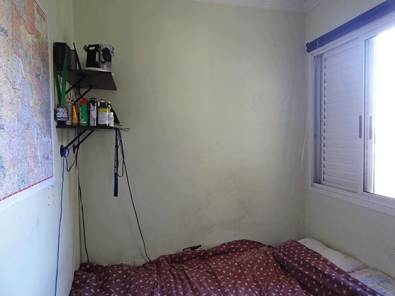Sacomã, Apartamento Padrão-3º dormitório com piso de cerâmica e teto com moldura de gesso.