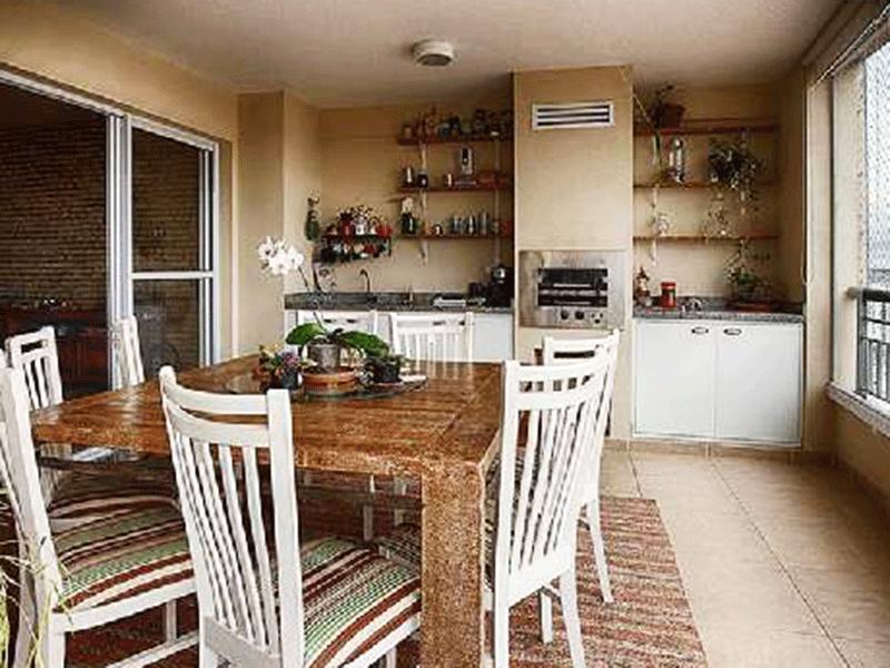 Ipiranga, Apartamento Padrão-Varanda gourmet com piso de cerâmica, pia e bancada de granito com gabinete, envidraçada e tela de proteção.