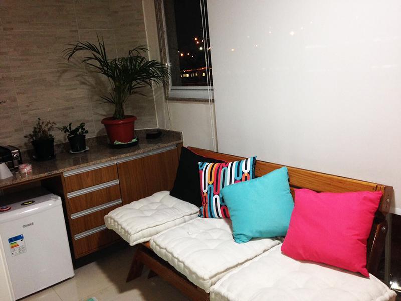 Jabaquara, Apartamento Padrão-Varanda envidraçada com piso de porcelanato.