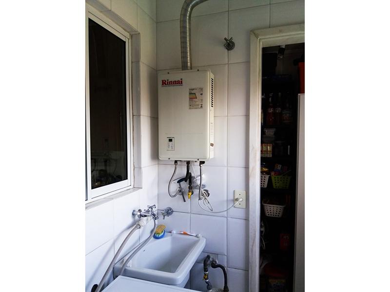 Sacomã, Apartamento Padrão-Área de serviço com aquecedor de passagem.