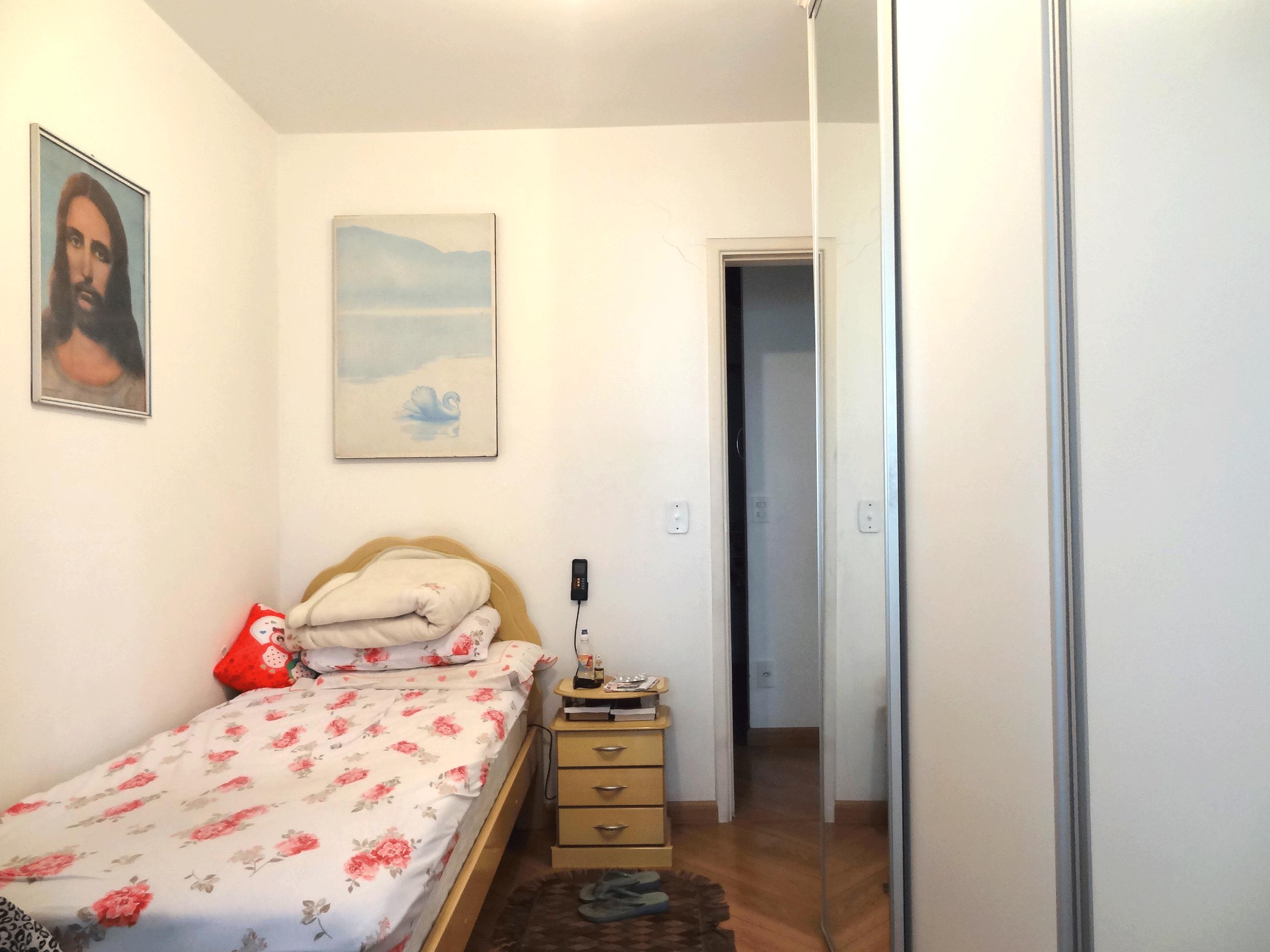 Jabaquara, Apartamento Garden-3º dormitório com piso laminado e armários planejados.