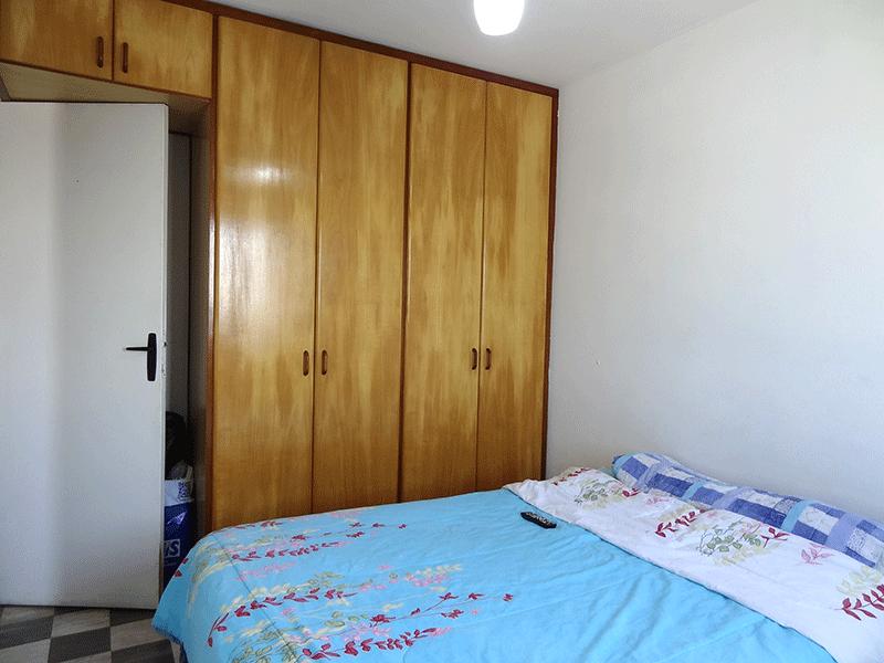 Jabaquara, Apartamento Padrão-1º dormitório com piso de paviflex e armários planejados.