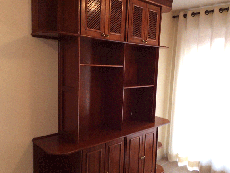 Sacomã, Apartamento Padrão-Sala com dois ambientes, piso de cerâmica e acesso à varanda.