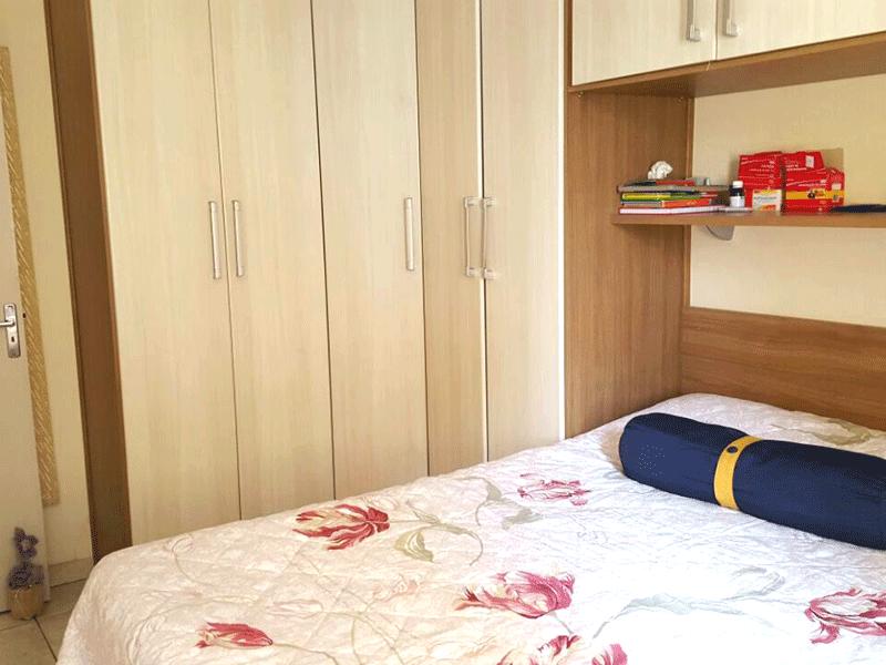 Sacomã, Apartamento Padrão-1º dormitório com piso de cerâmica e armários planejados.
