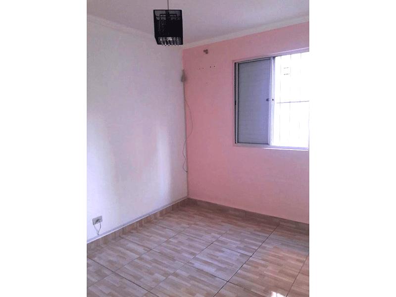 Sacomã, Apartamento Padrão-1º dormitório com piso de cerâmica e teto com moldura de gesso.