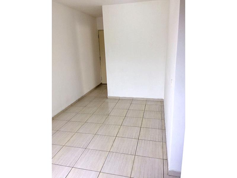 Sacomã, Apartamento Padrão-Sala com dois ambientes e piso de cerâmica.