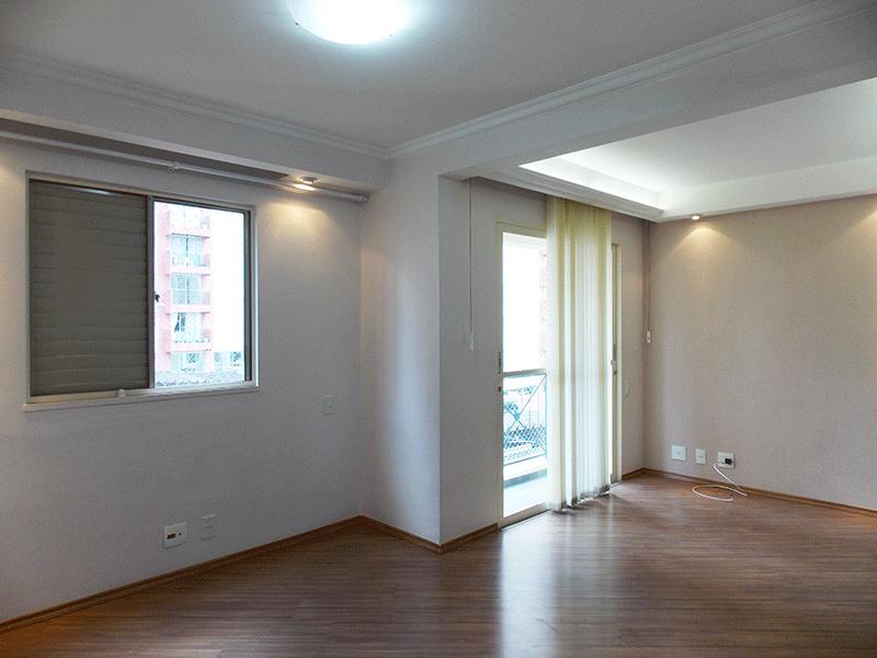 Sacomã, Apartamento Padrão-Sala ampliada com dois ambientes, piso laminado, teto com sanca de gesso, iluminação embutida e acesso à varanda (3º dormitório transformado em sala ampliada).