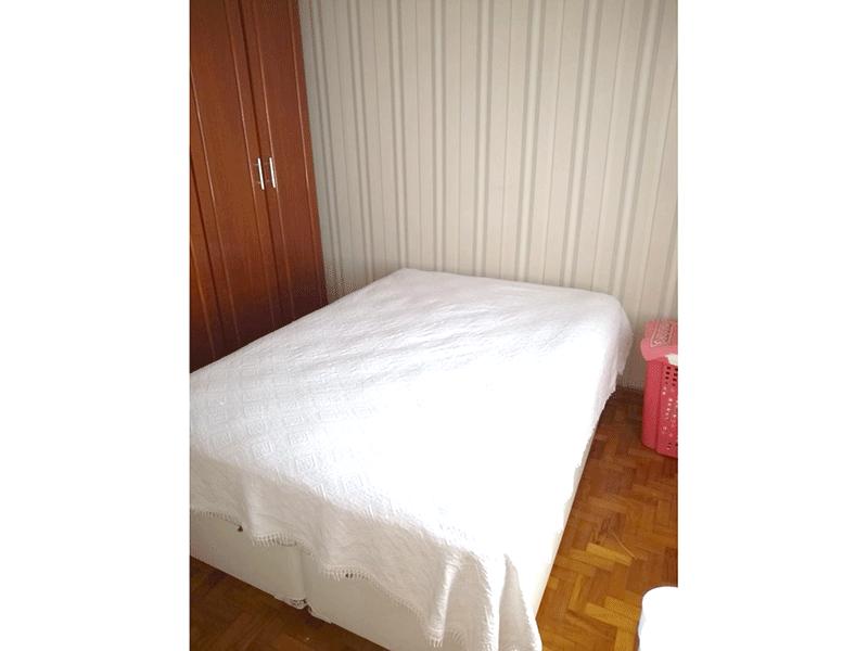 Ipiranga, Apartamento Padrão-1º dormitório com piso taco de madeira (reduziu e transformou em 2º dormitório).