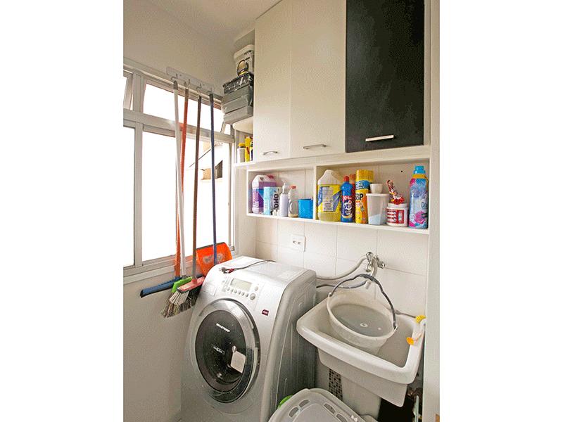 Jabaquara, Apartamento Padrão-Área de serviço com piso cerâmica e armário planejado.