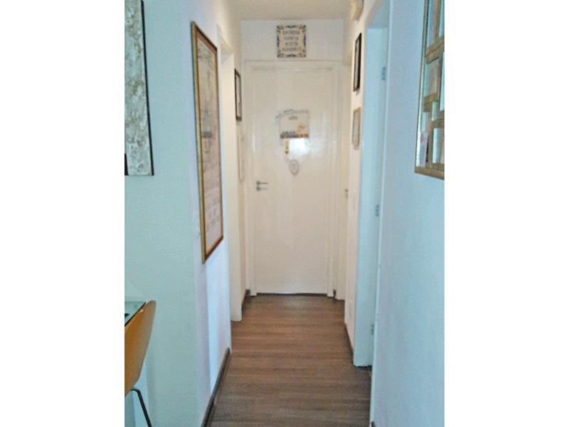 Sacomã, Apartamento Padrão-Corredor com piso laminado.