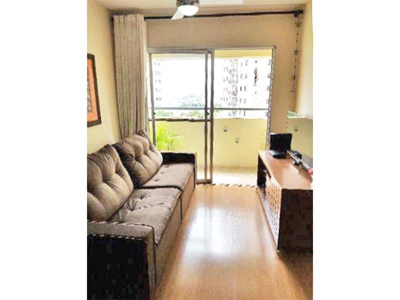 Sacomã, Apartamento Padrão - Sala com dois ambientes, piso laminado e acesso à varanda.