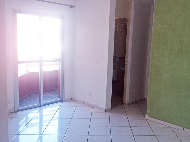 Jabaquara, Apartamento Padrão-Sala com dois ambientes, piso de cerâmica e acesso à varanda.