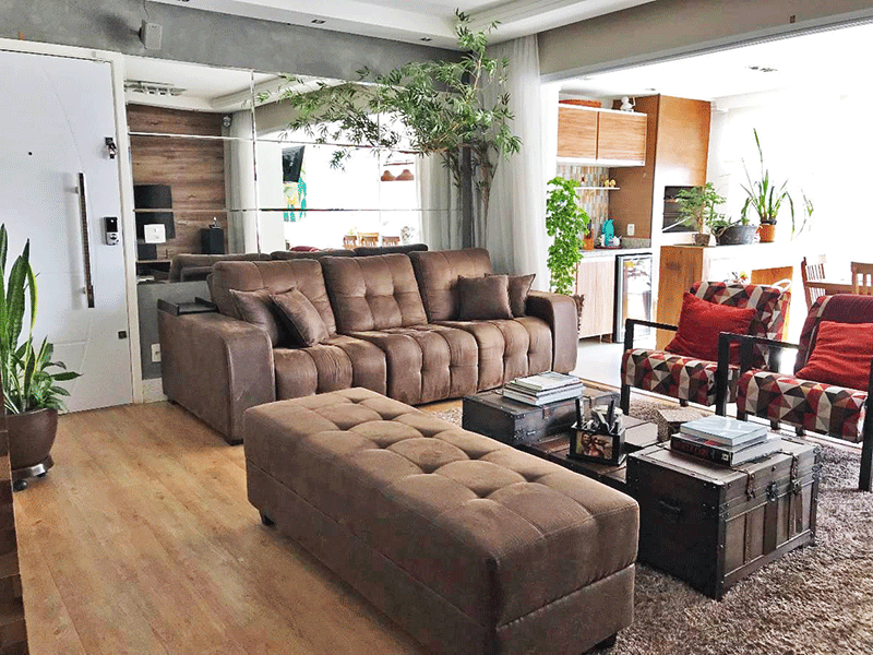 Ipiranga, Apartamento Padrão-Sala com dois ambientes, piso laminado, teto rebaixado e iluminação embutida.
