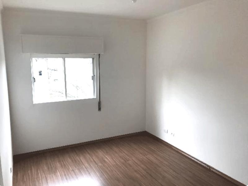 Jabaquara, Apartamento Padrão-1º dormitório com piso laminado.