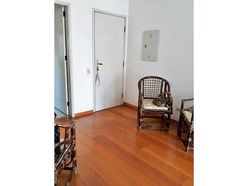Jabaquara, Apartamento Padrão-Sala com dois ambientes e piso de madeira.